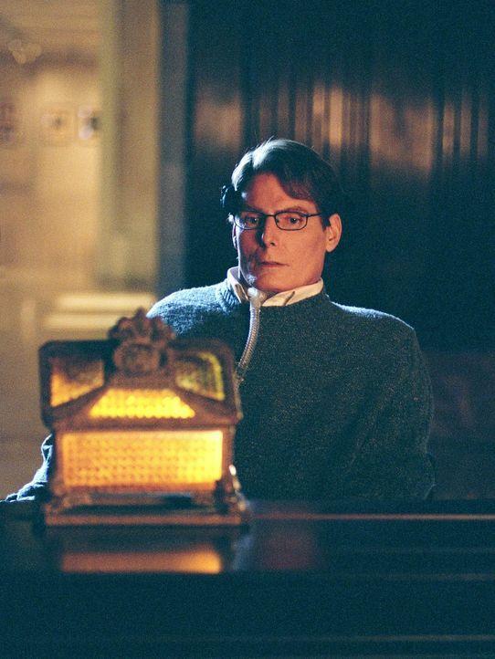 Verfolgt seine ganz eigenen Ziele: Dr. Virgil Swann (Christopher Reeve) ... - Bildquelle: Warner Bros.