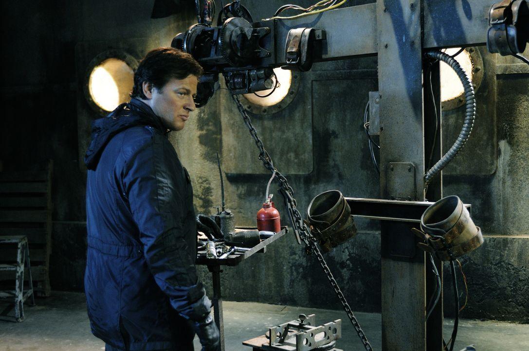 Jigsaws Nachfolger, Detective Hoffman (Costas Mandylor), ist immer noch nicht enttarnt worden. Erneut startet er sein mörderisches Spiel, in dem sic... - Bildquelle: Steve Wilkie Kinowelt GmbH