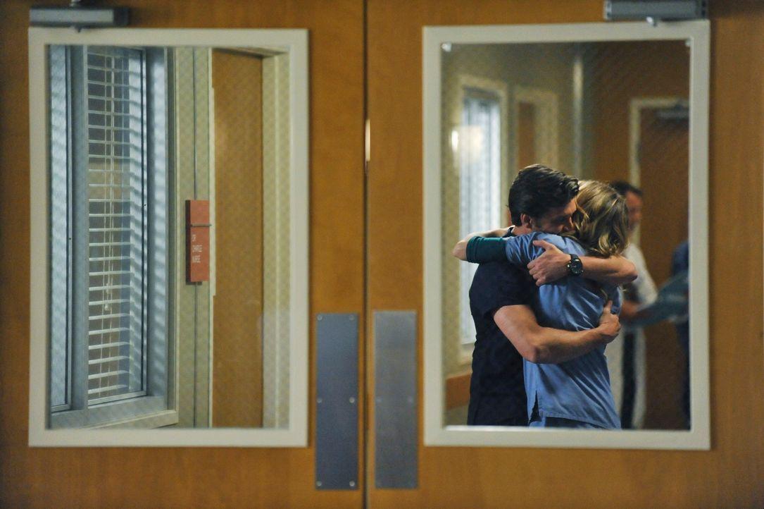 Sind glücklich miteinander: Meredith (Ellen Pompeo, r.) und Derek (Patrick Dempsey, l.) ... - Bildquelle: ABC Studios