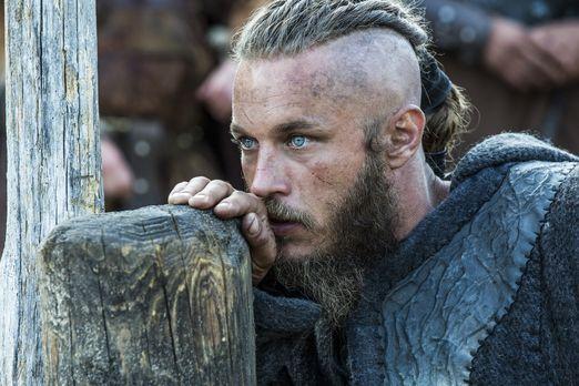 Vikings - Die Verhandlungen zwischen Ragnar (Travis Fimmel) und Jarl Borg sin...