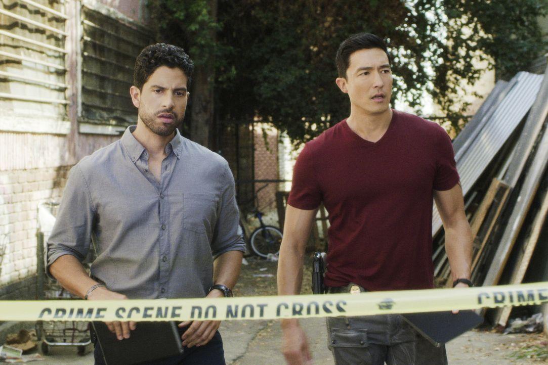 Luke Alvez (Adam Rodriguez, l.); Matt Simmons (Daniel Henney, r.) - Bildquelle: 2018 CBS Broadcasting, Inc. All Rights Reserved.