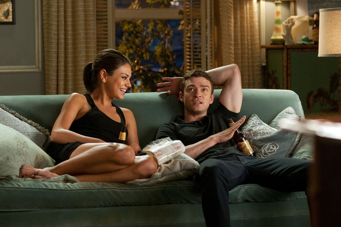 Zwischen Jamie (Mila Kunis, l.) und Dylan (Justin Timberlake, r.) entwickelt sich eine besondere Freundschaft. Nach gescheiterten Beziehungen wollen... - Bildquelle: Sony Pictures Television Inc. All Rights Reserved.