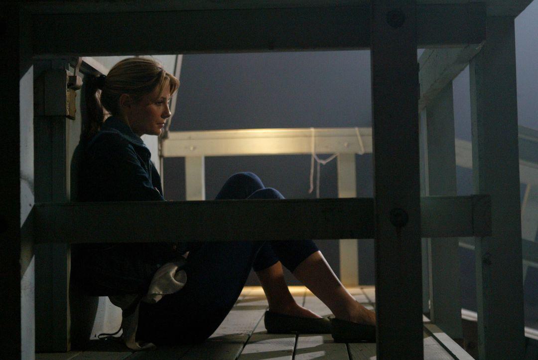 Kommt mit den vergangenen Geschehnissen nicht zu recht: Marissa (Mischa Barton) ... - Bildquelle: Warner Bros. Television