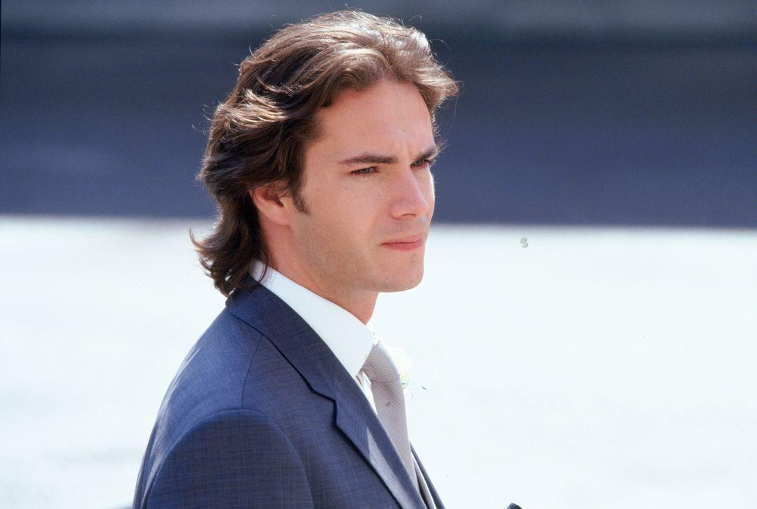 Ausgerechnet am Tag vor seiner Hochzeit verliebt sich Barnabys (James D'Arcy) Verlobte in einen charmanten Taugenichts ...
