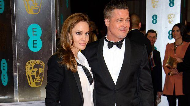 Angelina Jolie und Brad Pitt - Bildquelle: Joe/WENN.com