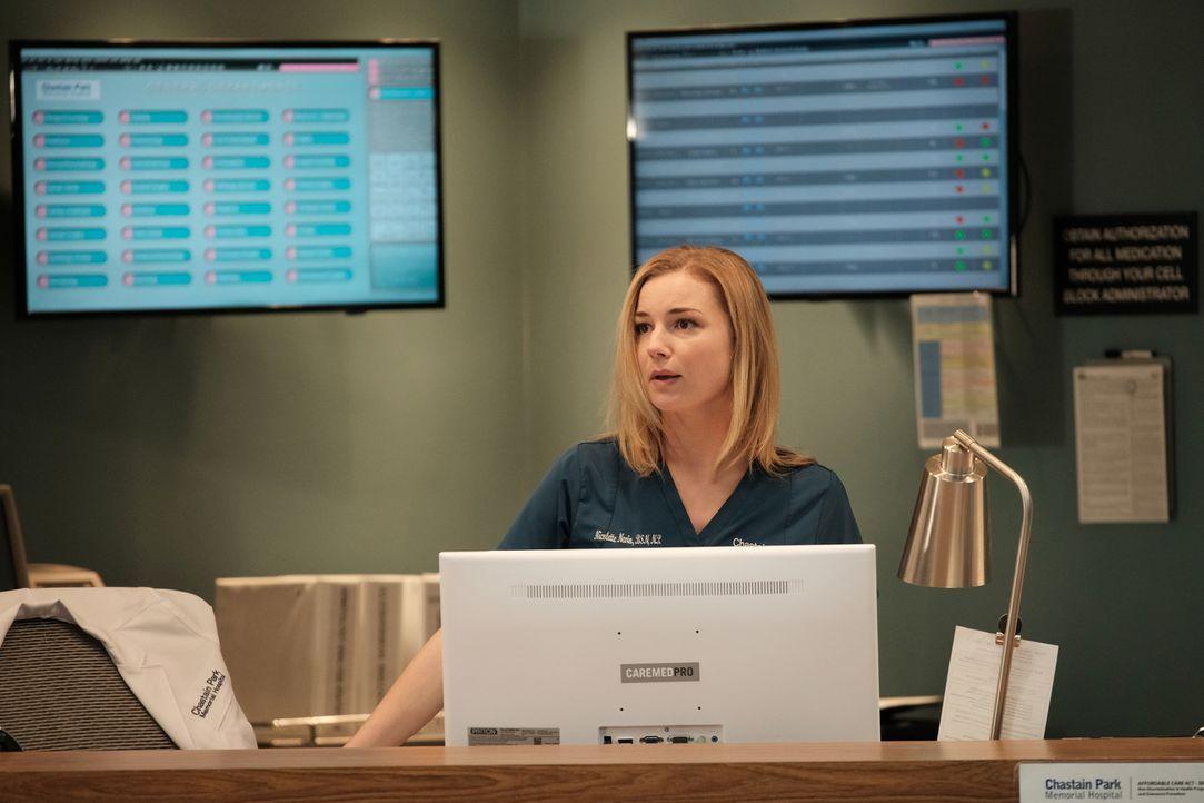 Nic (Emily VanCamp) setzt alles daran, herauszufinden, wieso sich der Zustand ihrer Patientin Lily immer weiter verschlimmert ... - Bildquelle: 2018 Fox and its related entities.  All rights reserved.