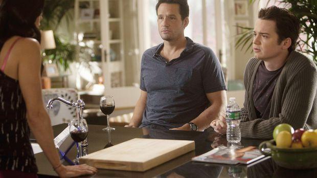 Jules (Courteney Cox, l.) kommt mit Holly nicht klar, was Grayson (Josh Hopki...