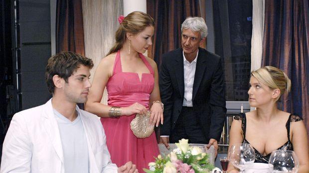 Als Katja bei dem Essen bei den Brodas erscheint, wird Anna von Jonas wegplat...