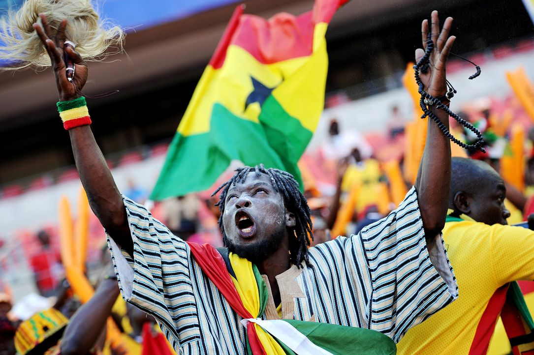 Fussball-Fans-Ghana-130120-AFP - Bildquelle: AFP