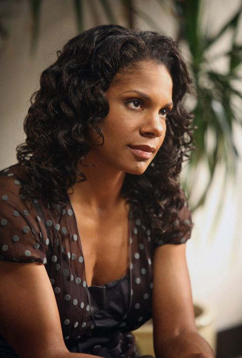 Naomi (Audra McDonald) ist stocksauer, als sie von der Aktion mit der Stripperin Wind bekommt ... - Bildquelle: 2007 American Broadcasting Companies, Inc. All rights reserved.