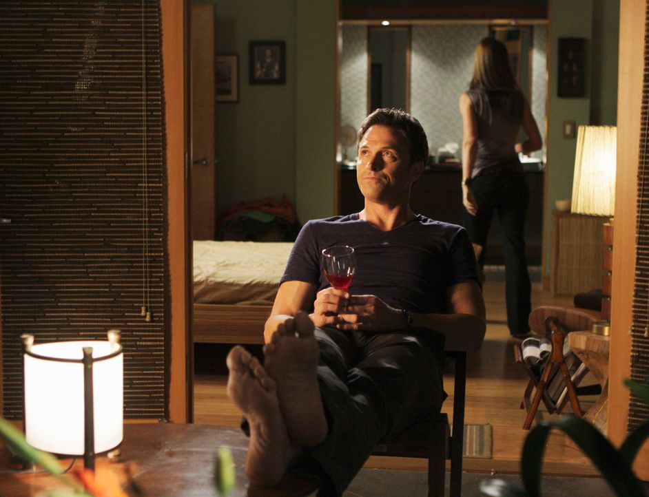 Während Cooper auf das Ergebnis seines HIV-Tests wartet, hofft Pete (Tim Daly, l.), dass Meg (Jayne Brook, r.) wieder zurückkommt .... - Bildquelle: ABC Studios