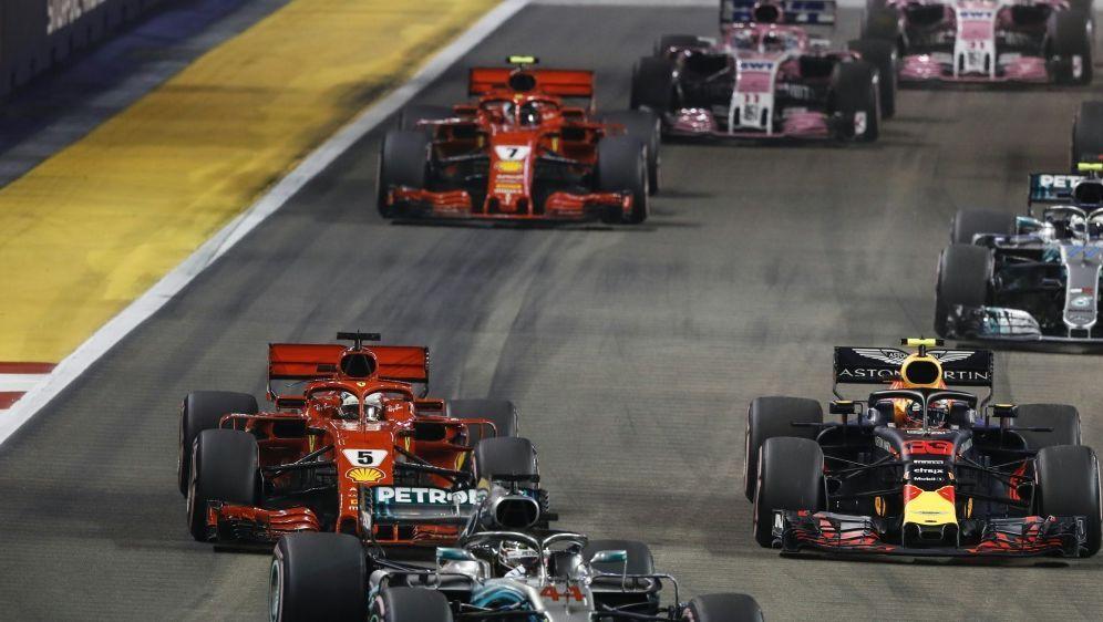 Hamilton hat den Großen Preis von Singapur gewonnen - Bildquelle: PIXATHLONPIXATHLONSID