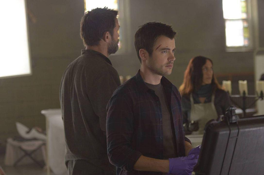 Erkennt Kyle (Matt Long), wer wirklich für den erneuten Ausbruch verantwortlich ist? - Bildquelle: Philippe Bosse 2014 Syfy Media, LLC