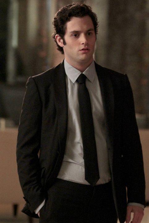 Dan (Penn Badgley) glaubt nicht, dass sein Vater Lily betrogen hat und will die Sache nun aufklären ... - Bildquelle: Warner Bros. Television