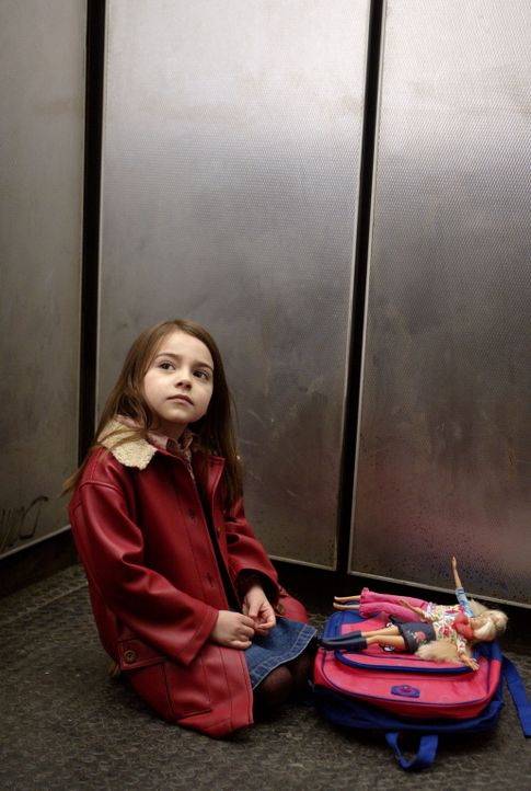 Ahnt nicht, dass ihr Leben in Gefahr ist: Cecilia (Ariel Gade) ... - Bildquelle: Buena Vista Pictures