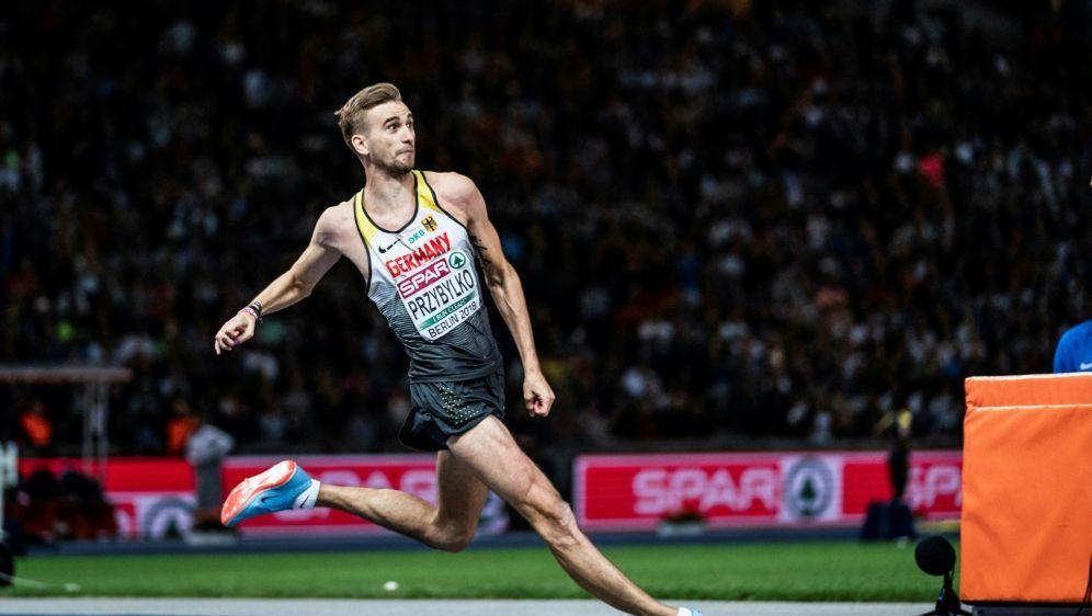 Mateusz Przybylko befürchtet schlimmere Verletzung - Bildquelle: SID-SID-PIXATHLONSebastian Wells