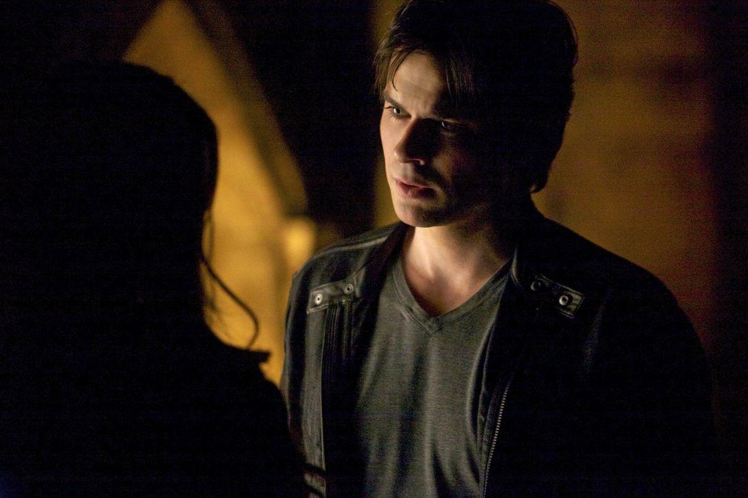 Kann Damon (Ian Somerhalder) das Schicksal von Mystic Fall ändern, indem er Jeremy und Matt in größte Gefahr bringt? - Bildquelle: Warner Brothers