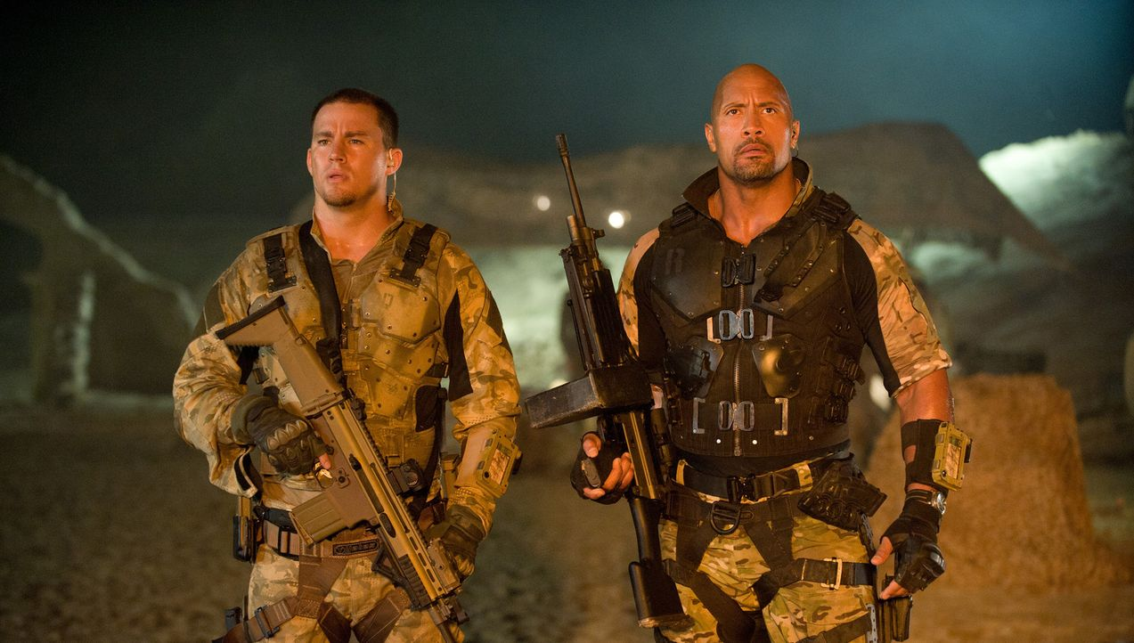 Die Elite Einheit der G.I. Joes soll im Namen des Weißen Hauses ausradiert werden: Anführer Roadblock (Dwayne Johnson, r.), Elite Spezialist Duke Ha... - Bildquelle: Jaimie Trueblood 2011 Paramount Pictures.  All Rights Reserved.