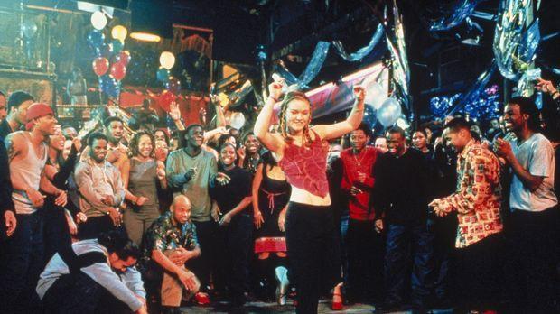 Nach und nach erkennt Sara (Julia Stiles, M.), dass sich Breakbeat und Pas de...