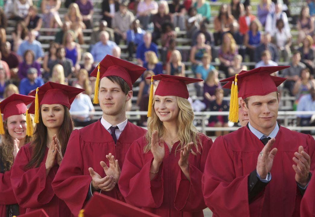 Highschool-Abschlussfeier in Mystic Falls