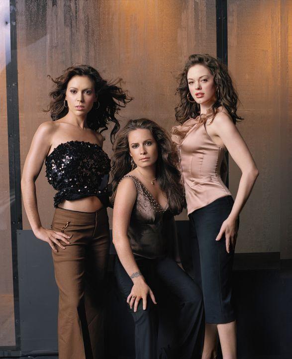 (8. Staffel) - Nichts und niemand kann die sexy Hexen aufhalten: Phoebe (Alyssa Milano, l.), Piper (Holly Marie Combs, M.) und Paige (Rose McGowan,... - Bildquelle: Paramount Pictures