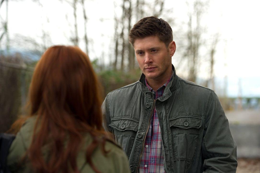 Ihr erster gemeinsamer Fall wird komplizierter als erwartet: Charlie (Felicia Day, l.) und Dean (Jensen Ackles, r.) ... - Bildquelle: Warner Bros. Television