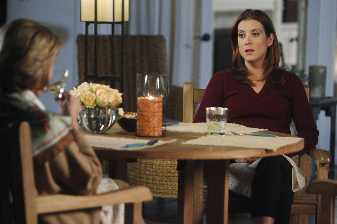 Während Corey Ramsey, ein genialer Wissenschaftler, mit einer schweren Gehirnverletzung eingeliefert wird, muss sich Addison (Kate Walsh, r.) mit i... - Bildquelle: ABC Studios