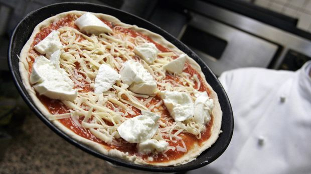 Pizza noch ungebacken