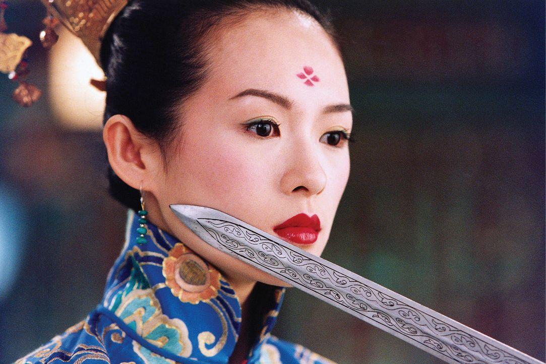 """Im Jahr 859 im Großreich China. Eine mächtige Rebellenallianz, genannt das """"House of Flying Daggers"""", attackiert den unfähigen Kaiser... - Bildquelle: Constantin Film"""