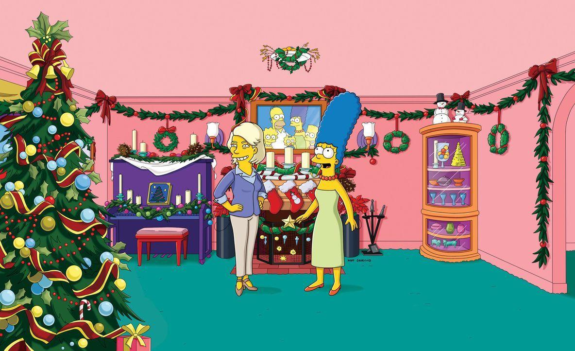 Dank der Lifestyle-Beraterin Martha Stewart (l.) hat Marge (r.) endlich ein perfektes Weihnachtsfest ... - Bildquelle: und TM Twentieth Century Fox Film Corporation - Alle Rechte vorbehalten