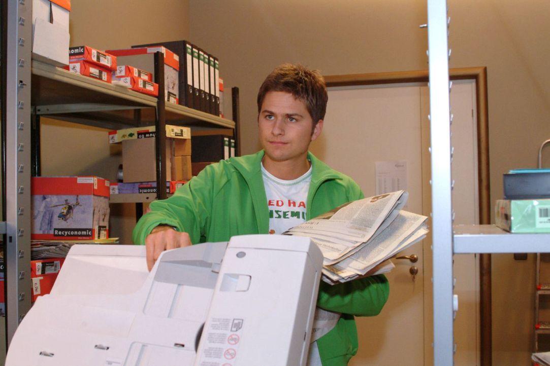 Timo (Matthias Dietrich) ist unzufrieden mit seinem Job. - Bildquelle: Monika Schürle Sat.1