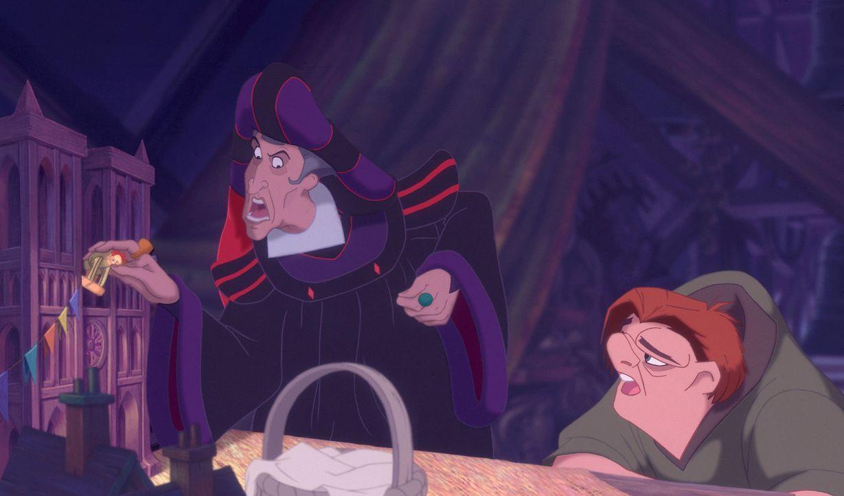 Richter Claude Frollo hasst nicht nur alle Zigeuner, sondern auch den liebenswerten Quasimodo. Eines Tages lehnt sich der unglückliche Glöckner gege... - Bildquelle: The Walt Disney Company