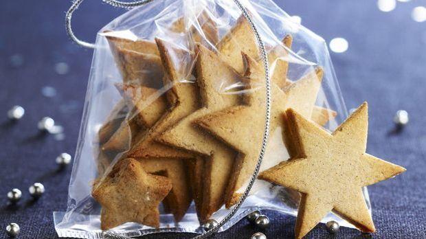Stern-Plätzchen sorgen für den leckeren Weihnachtsduft im Haus