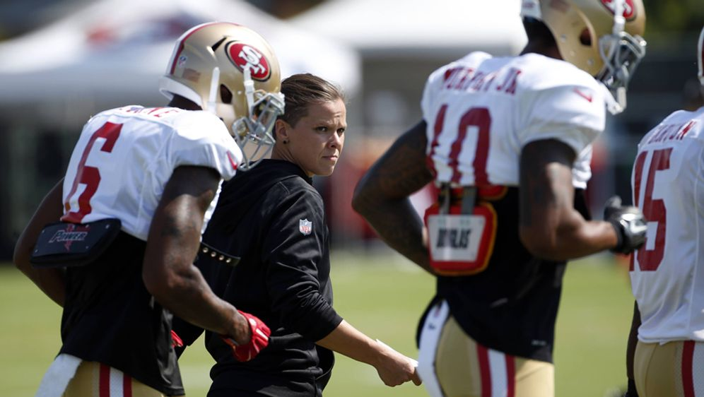 Neue Assistant-Trainerin der San Francisco 49ers: Katie Sowers - Bildquelle: imago/ZUMA Press
