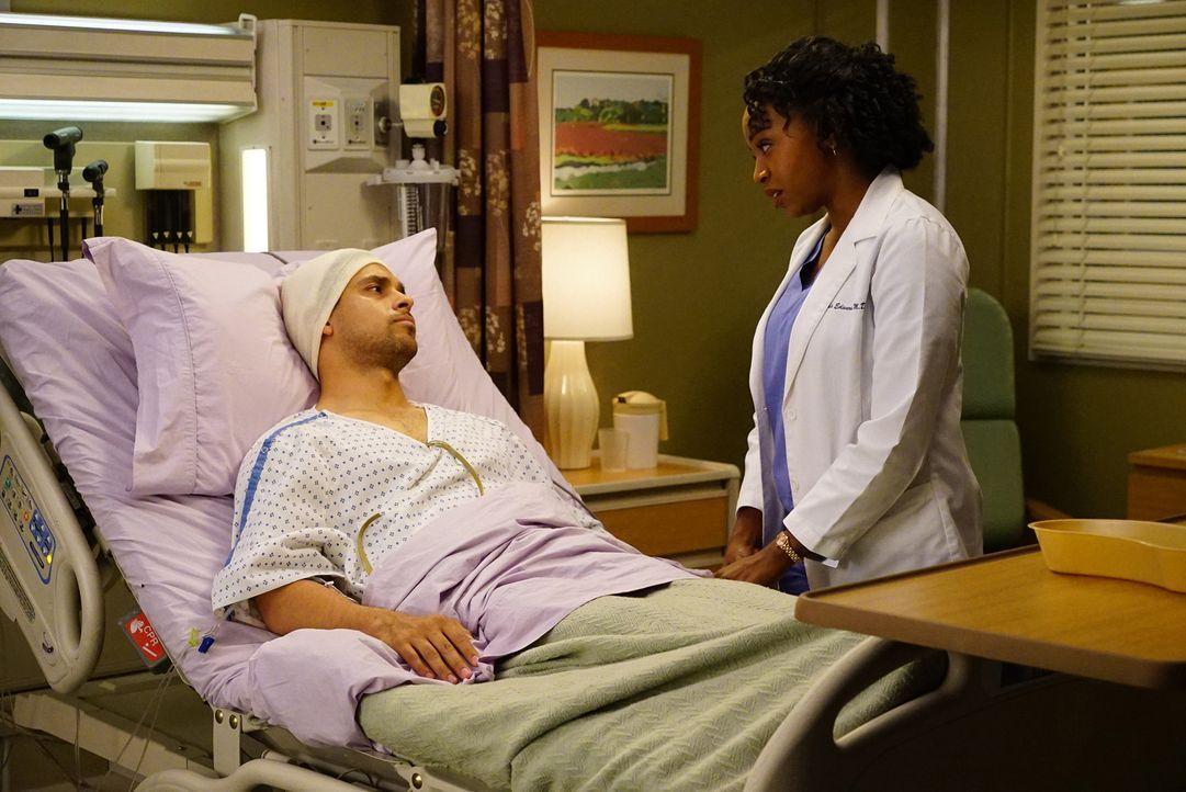 Hat ihr Liebe noch eine Chance? Stephanie (Jerrika Hinton, r.) und Kyle (Wilmer Valderrama, l.) ... - Bildquelle: Richard Cartwright ABC Studios