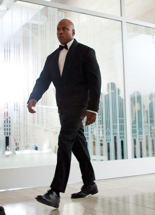 Sam (LL Cool J) und seine Kollegen ermitteln undercover in einem neuen Fall ... - Bildquelle: CBS Studios Inc. All Rights Reserved.