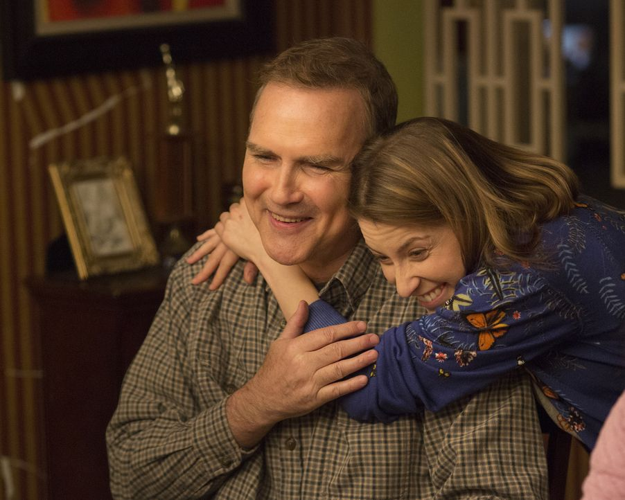 Rusty (Norm MacDonald, l.); Sue (Eden Sher, r.) - Bildquelle: Michael Ansell 2017 American Broadcasting Companies, Inc. All rights reserved./Michael Ansell