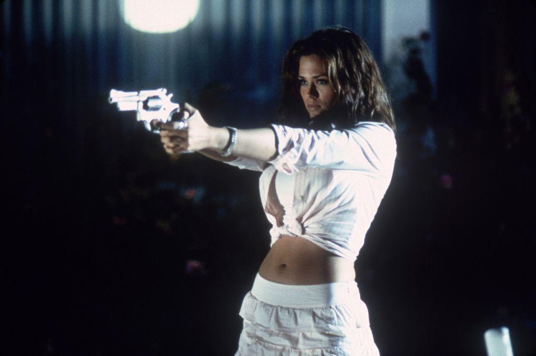 Spinnt eine mörderische Intrige: Brittney (Susan Ward) ... - Bildquelle: Columbia Pictures