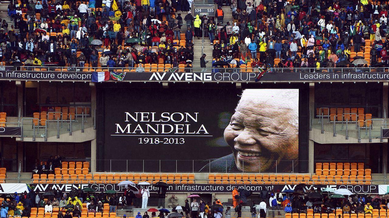 Beerdigung-Nelson-Mandela-13-12-10-01-AFP - Bildquelle: AFP