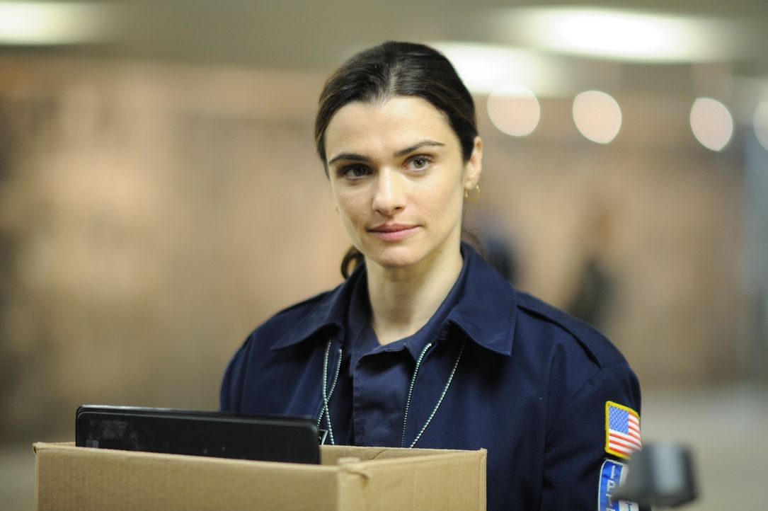 Um ihre Geldsorgen zu beenden, nimmt die frisch geschiedene US-Polizistin Kathryn Bolkovac (Rachel Weisz) 1999 einen Job in einer Friedenstruppe in... - Bildquelle: 2010 Whistleblower (Gen One) Canada Inc. and Barry Films GmbH