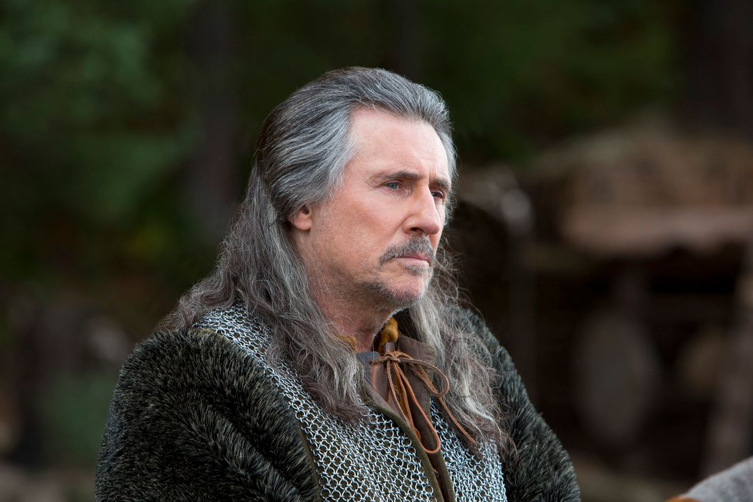Macht sich eiskalt daran, den renitenten und visionären Ragnar und seine Familie ins Jenseits zu schicken: Earl Haraldson (Gabriel Byrne) ... - Bildquelle: 2013 TM TELEVISION PRODUCTIONS LIMITED/T5 VIKINGS PRODUCTIONS INC. ALL RIGHTS RESERVED.
