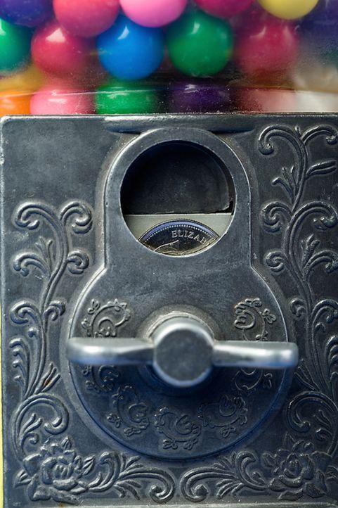 """Ob im Waschsalon, an der Parkuhr oder beim kleinen Hunger zwischendurch - Münzautomaten sind allgegenwärtig. """"Moderne Wunder"""" begibt dich auf dessen... - Bildquelle: Courtesy Actuality Productions"""
