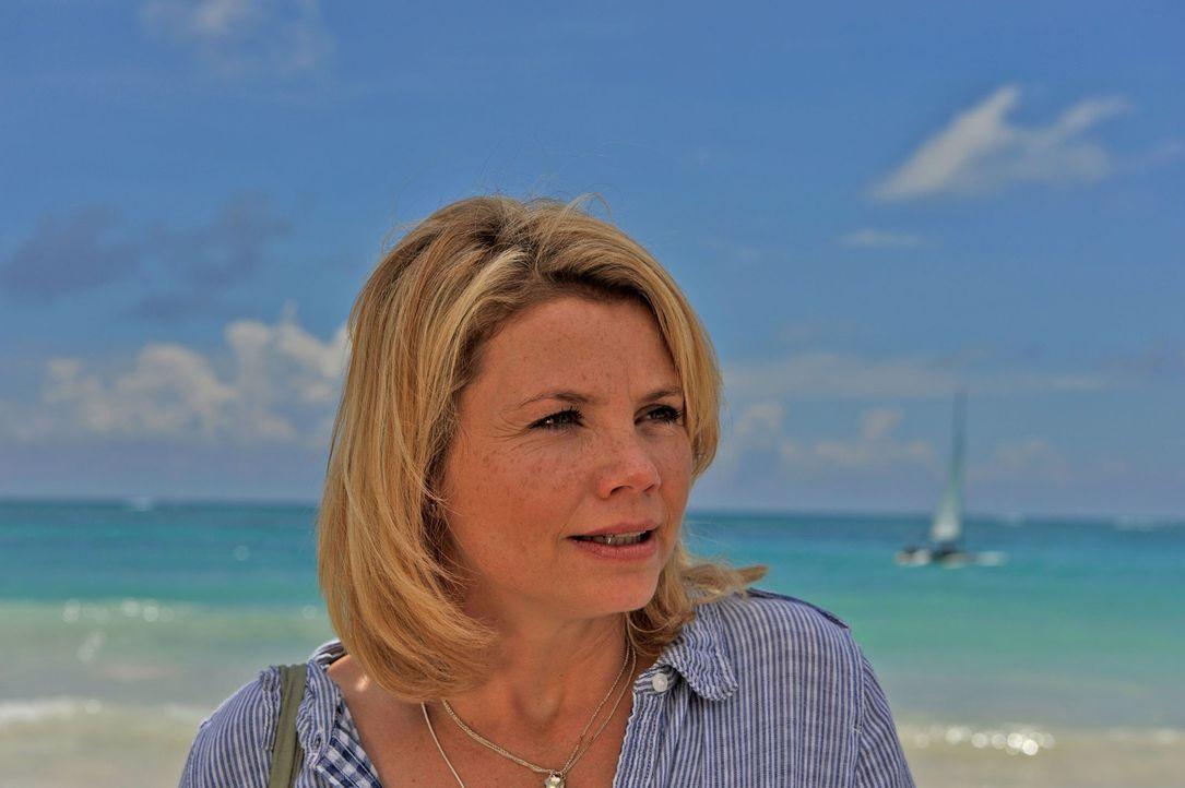 Seit 15 Jahren träumt die aufopferungsvolle Hausfrau und Mutter Barbara Lichtblau (Annette Frier) von einer Hochzeitsreise nach Mexiko. Eines Tages... - Bildquelle: Hardy Brackmann SAT.1