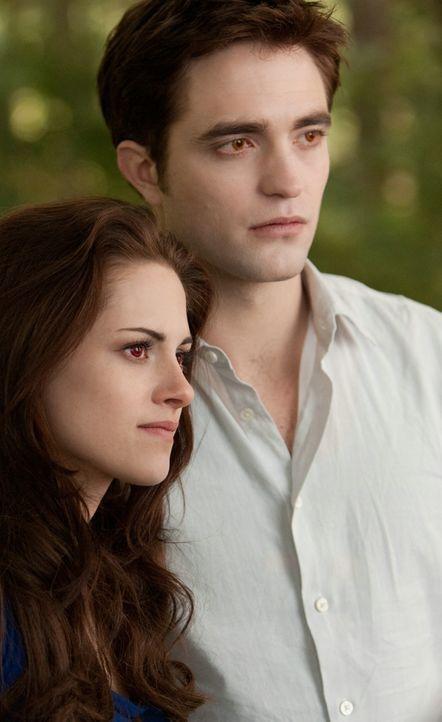Bella und Edward endlich vereint - Bildquelle: 2012 Summit Entertainment, LLC. All rights reserved.