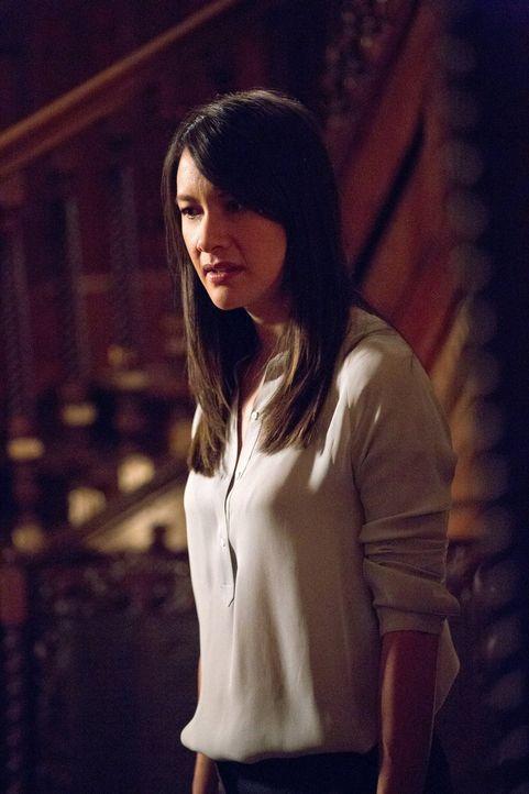 Wie lange wird Francesca (Peta Sergeant) ihre Machtposition im French Quarter noch halten können? - Bildquelle: Warner Bros. Television