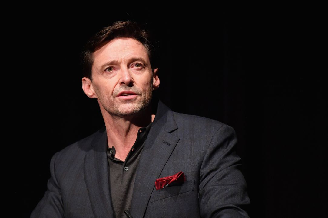 Hugh Jackman GettyImages-1054950400 - Bildquelle: 2018 Dia Dipasupil/Getty Images for SCAD
