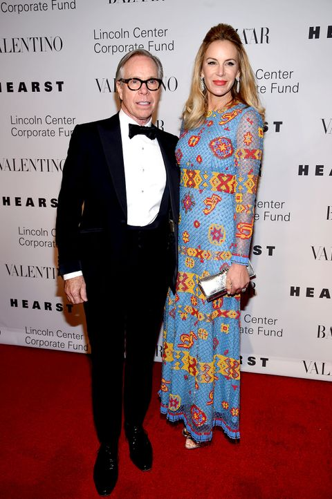03-Dee-Ocleppo-und-tommy-hilfiger-151207-getty-AFP - Bildquelle: 2015 Getty Images