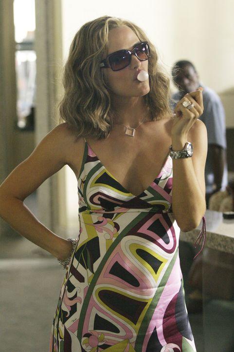 """Arbeitet undercover um den Standort des """"Valta"""" herauszufinden: Sydney (Jennifer Garner) ... - Bildquelle: Touchstone Television"""