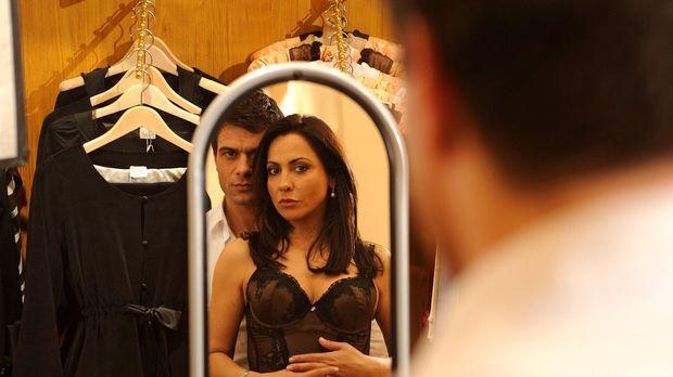 Liebe macht sexy - Verena (Simone Thomalla, r.) ist von Leons (Kai Schumann,...