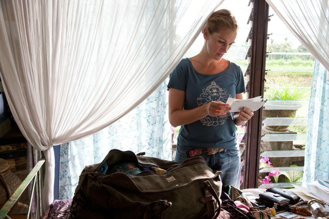 Als ihre Ehe geschieden wird, steht Liz (Julia Roberts) plötzlich an einem Scheideweg: Sie beschließt, alles zu riskieren und ihr altes, wohlgeordne... - Bildquelle: 2010 Columbia Pictures Industries, Inc. All Rights Reserved.